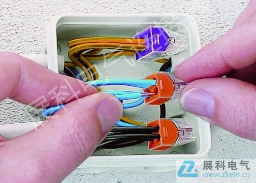 """家装接线新方向:""""pct电线连接器""""取代传统的黑胶布"""